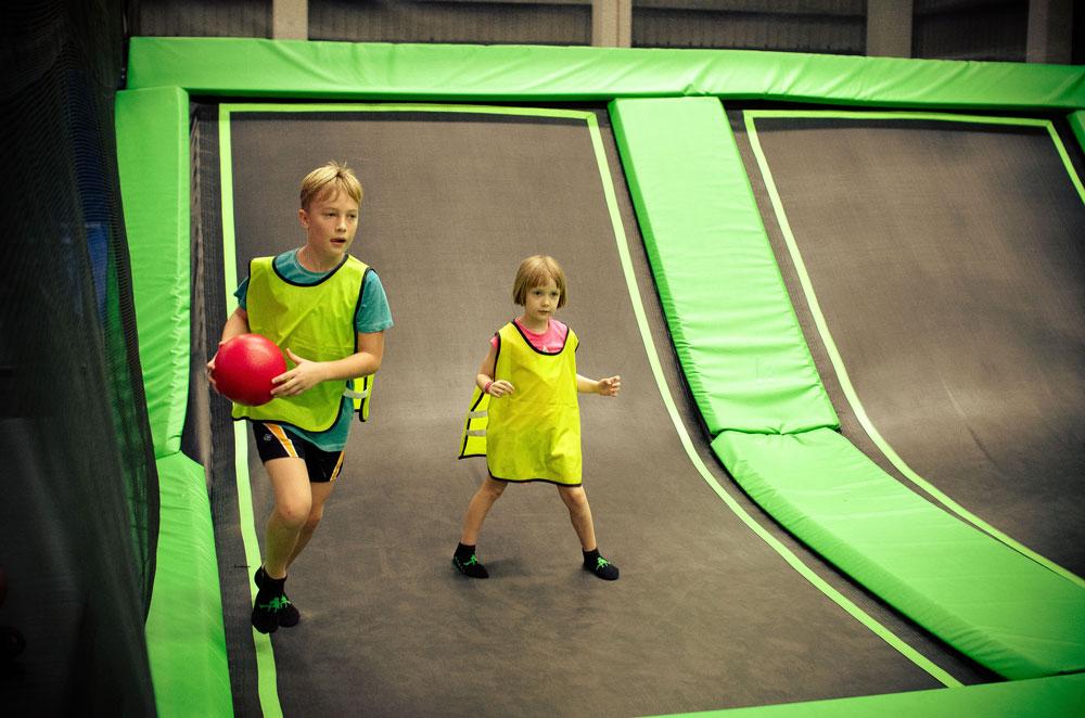 jump-street-birthday-party-boy-girls-jumping-playing-dodgeball