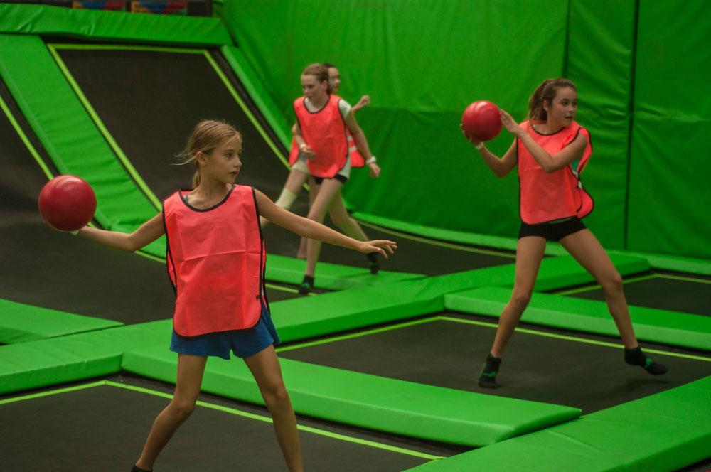 jump-street-birthday-party-kids-playing-dodgeball
