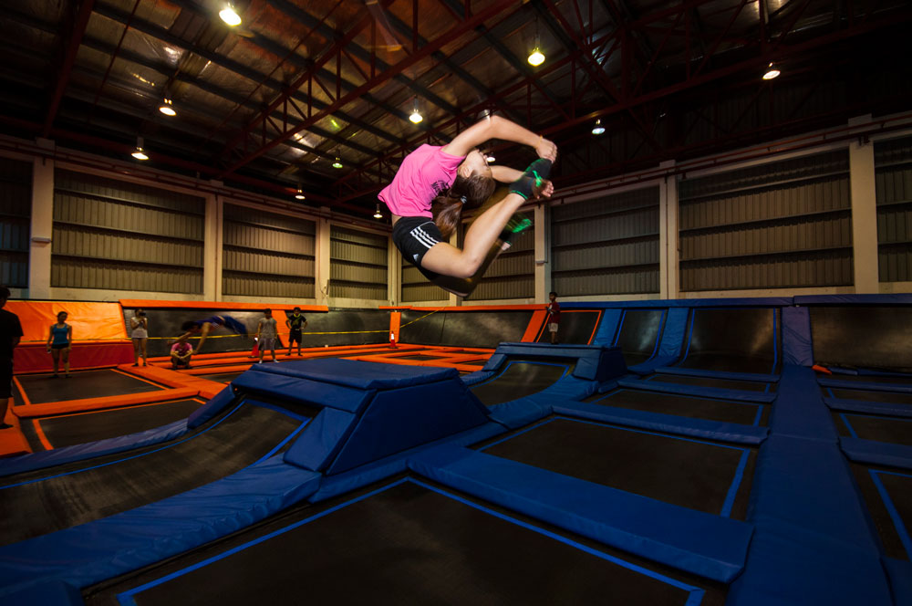 jump-street-main-court-a-girl-doing-backtuck